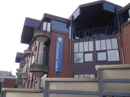 Bangunan Fakulti Kemanusiaan, Universiti Leiden yang terletak bersebelahan librari universiti.